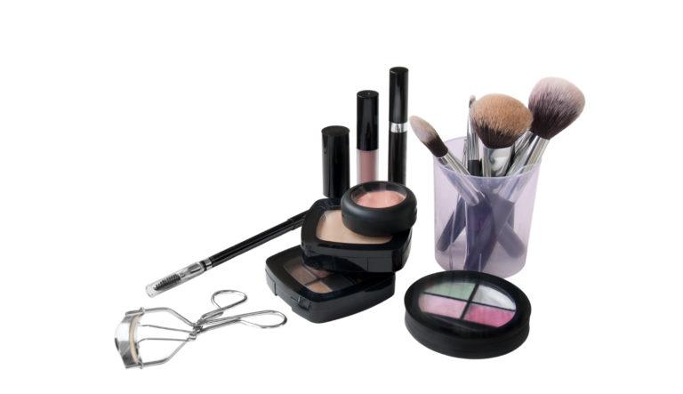 Beauty tools, makeup brushes and makeup